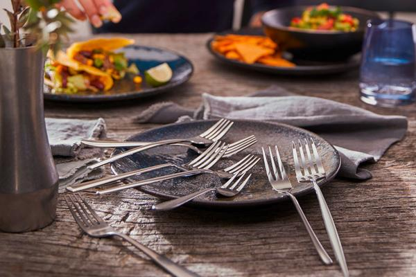 THE NEW EASY – New worlds of table culture